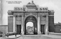 carte postale ancienne de Ypres The Menin Gate (Memorial to the Missing)